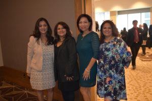 Anurita, Carolina, Vivianna, y Nancy